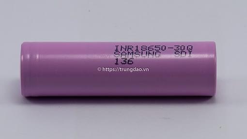 Samsung INR18650-30Q 3.7V 3000mAh battery horizontal-side